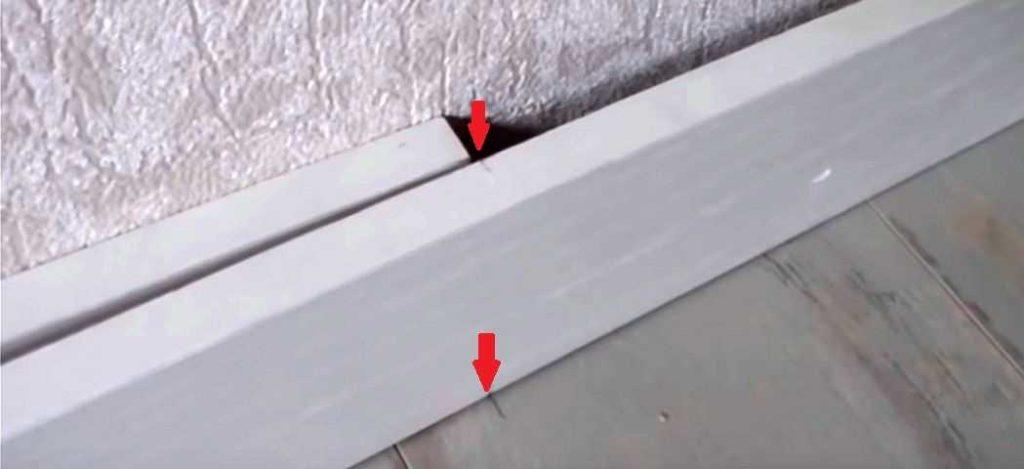 Как соединить два плинтуса на прямой
