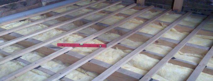 Как выровнять цементный пол и улучшить звукоизоляцию