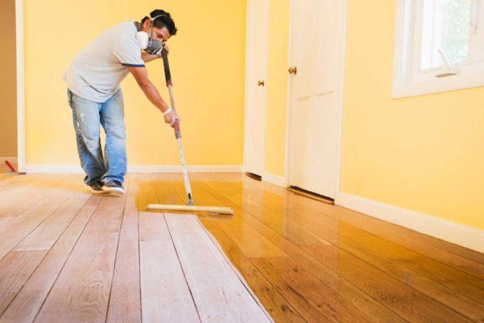 Заделать щели в деревянном полу можно так что глаз будет радоваться
