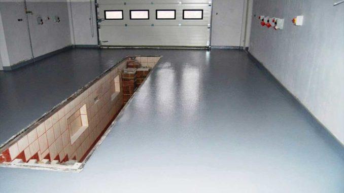 Таким может быть бетонный пол в гараже после использования наливных составов