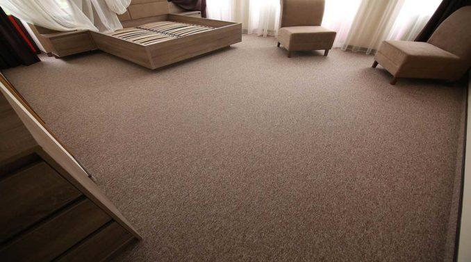 Коротковорсовый ковролин - идеальное бюджетное покрытие для спальни