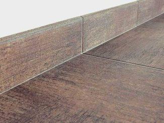Для совпадения швов проще применять плиточный клей