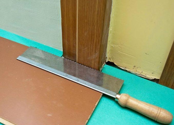 Укладка ламината под дверной коробкой