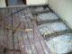 Ремонт старого деревянного пола: то, что может быть под настилом в хрущевке или брежневке