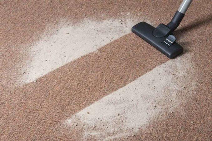 Как очистить грязный ковролин