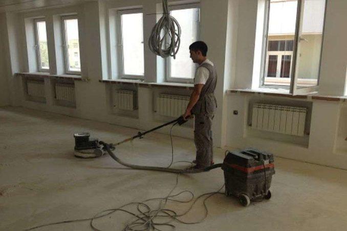 Уукладка линолеума на бетонный пол: основание должно быть ровным