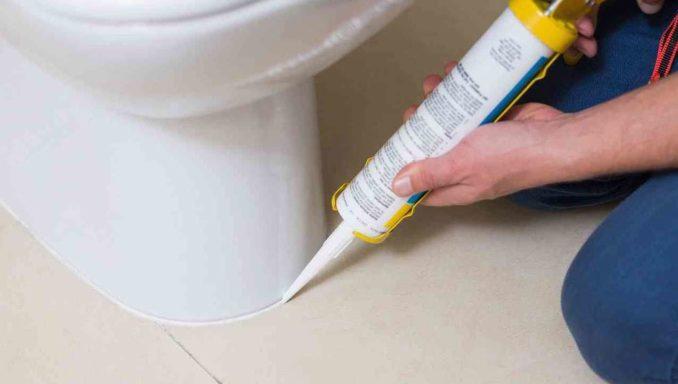 Ка кзакрепить унитаз на плитке или бетоне
